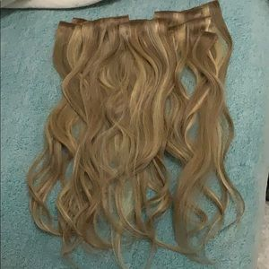 Accessories - 18 inch real human hair clip in extensions